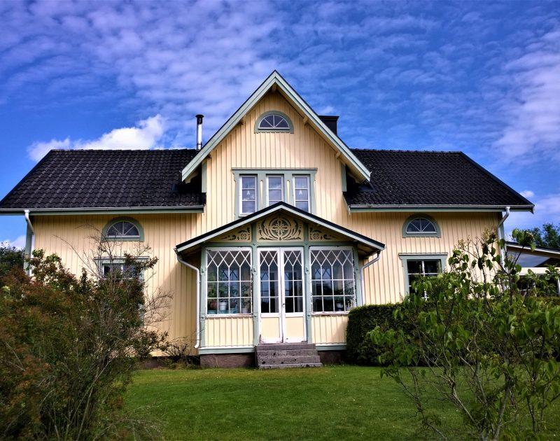 house-2977085_1920